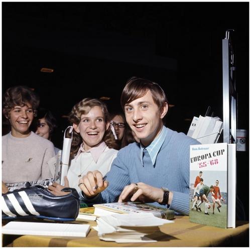 Johan Cruyff 19