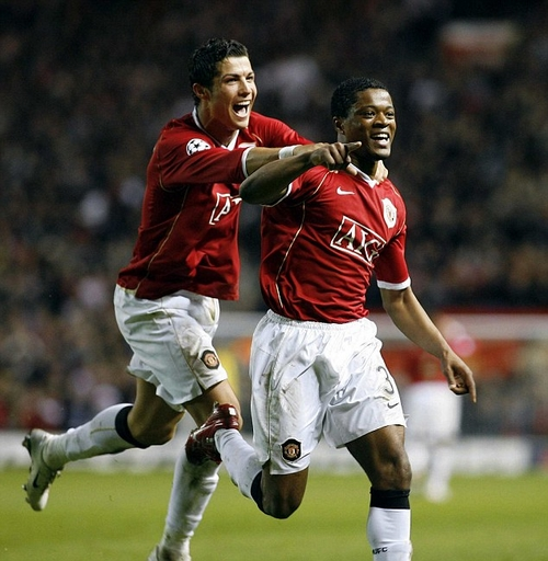 SPT IHN MANCHESTER UNITED V ROMA 10/04/07. Evra scores the 7th goal for Man United Picture by IAN HODGSON/DAILY MAIL