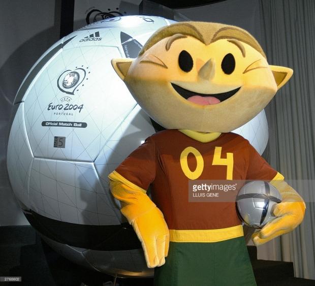 EURO 2004 KINAS