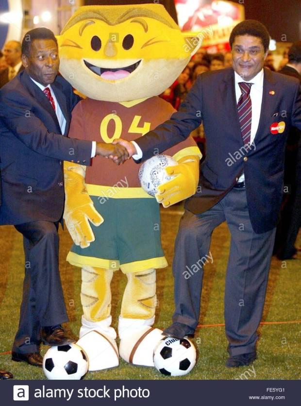 EURO 2004 KINAS PELE & EUSEBIO