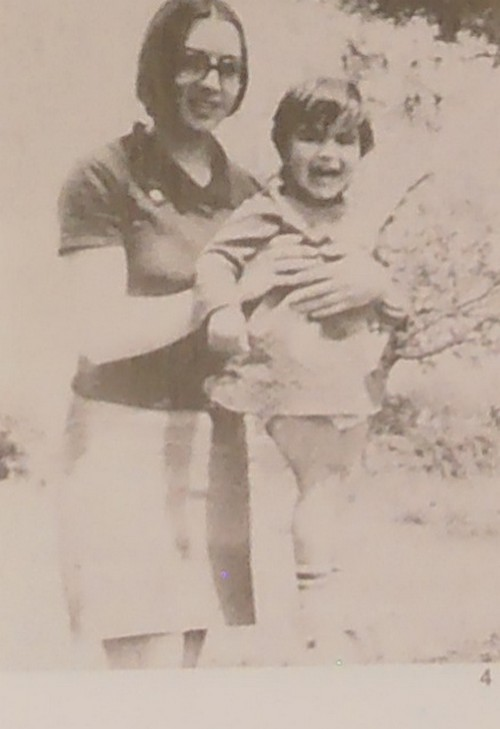 Η Βάσω Λυμπέρη με την κόρη της Παναγιώτα