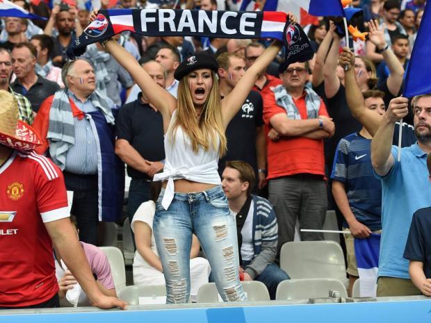Fussball Herren Saison 2015 16 EM 2016 in Frankreich Gruppe A 1 Spieltag in Paris vor dem Sp